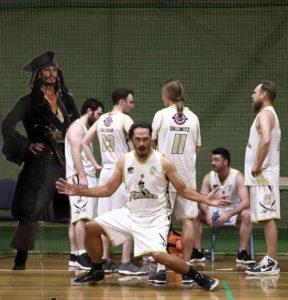 Memes make a mockery of Pirates